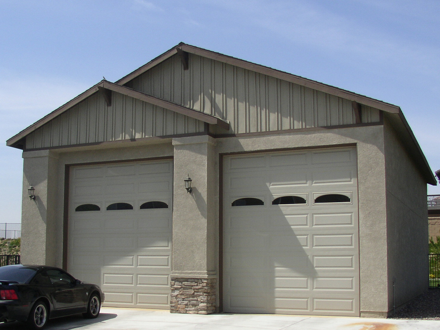 R l osborn architect rsidential projects for Rv garage door